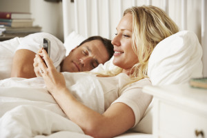 Mobile Marketing Statistics - Usage in bed